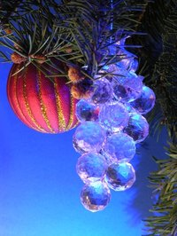 Alcohol ink can be used to paint glass ornaments.