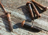 Removing a rusty screw is possible using common household items.