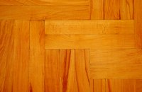 For hardwood floors to look their best, the urethane must dry evenly.