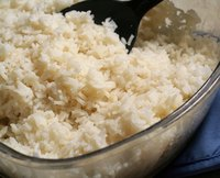 Medium grain white rice is usually used for Japanese and Chinese dishes.