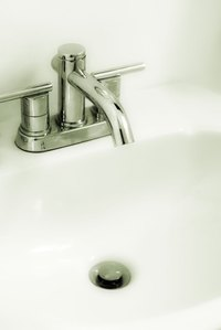 Flex line connects directly to the underside of the faucet.