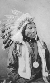 Historical photos illustrate authentic Sioux headdresses.