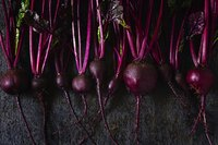 Choose beets of approximately the same size so they cook at the same rate.