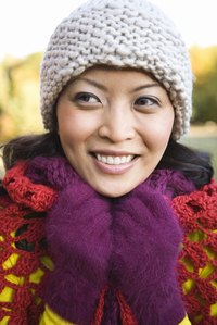 Knit a warm, bulky hat with only two needles instead of four.