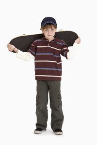 Keep your hands free on the go with DIY backpack skateboard straps.