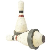 Decorate bowling pins to create a variety of holiday figures.