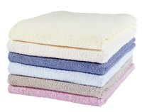 With just a little effort, you can decorate plain towels to match any bathroom decor.