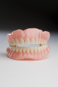A paper tooth model is useful for both children and dentists.