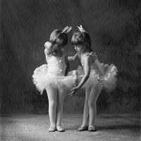 A simple no-sew tutu may satisfy a little ballerina.