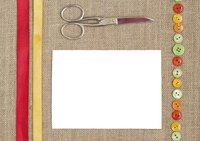 Use sharp scissors when cutting burlap.