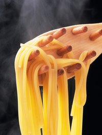 Making perfect spaghetti is not difficult if you know a few basic rules.