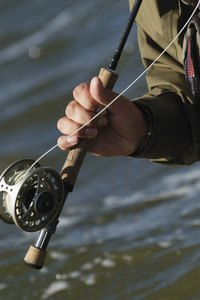 Use strong fishing line to create resistant and eye-pleasing jewelry.