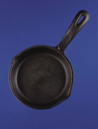 Some types of pans without nonstick coating must be seasoned before use.