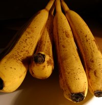 Bananas in this stage of ripening may be used in baked goods.