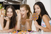 Organize hilarious birthday party games that are suitable for teens.