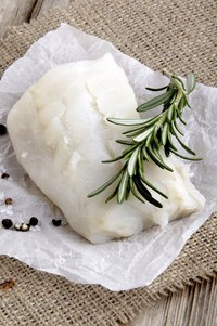 Fresh herbs such as rosemary give lutefisk a fresh flavor.