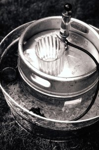 A beer keg can be drained at home.