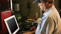 How Can Auto Repair Shops Use the Internet to Increase Business?