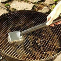 cleaning grill grates how to clean grill grates with pictures ehow 30335