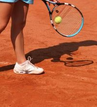 If you play on a tennis court built before 1909, you might be playing on a true clay court -- a court with a natural clay surface. But if you play on ...