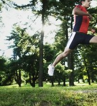 Jogging works large groups of muscles, helping you burn calories and tone your entire body. Jogging also forces you to bear your entire body weight, ...