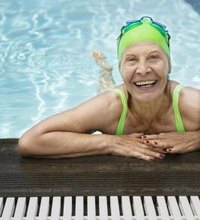 Diet to Lose 20 Pounds in Postmenopausal Women. Middle-age weight gain is common, but getting older doesn't mean you can't get lean. Women pack on ...