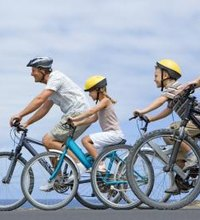 Fitness enthusiasts and novices alike appreciate bike riding for its fun and fast exercise benefits. Regular cyclists gain both speed and strength ...