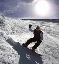 Snowboarding requires a lot of preparation, from waxing your board to stretching your lower body to gearing up with essentials like boots, goggles ...