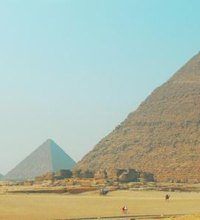 The pyramids at Giza are an amazing world wonder and one of the planet's largest tourist sites. The pyramids sit a little less than 15 minutes from ...