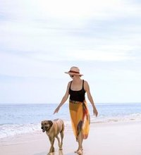 The 30-mile stretch between Fort Lauderdale to Miami Beach on I-95 offers a number of dog beaches for you and your pooch to explore. If your dog is ...