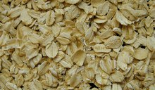 How Much Oatmeal Is Needed to Reduce Cholesterol?