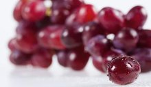 What Are the Health Benefits of Red Seedless Grapes?