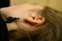 How to Drain an Inner Ear Infection