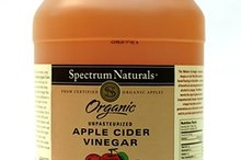 How to Make a Weight Loss Drink From Apple Cider Vinegar