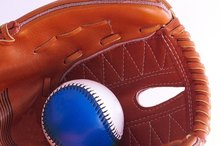 How to Teach Kids to Catch a Baseball