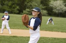 What Is the Difference Between Slowpitch & Fastpitch Softball Bats?