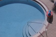 How to Calculate the Square Feet of a Round Pool