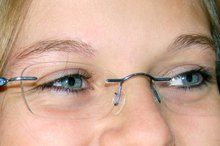 How to Repair a Scratch on Eyeglass Lenses With Anti-Reflective Coating