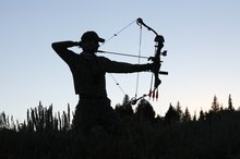 Types of Target-Shooting Compound Bows