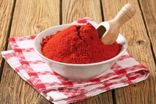 Does Cayenne Pepper Help a Stuffy Nose?
