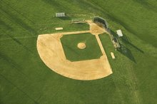Difference Between College and High School Baseball Fields
