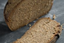 Can Diabetics Eat Rye Bread & Pumpernickel Bread?