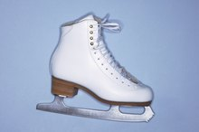 How to Remove Scuff Marks From Figure Skates