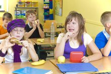 How Does Food in Class Affect Children in School?