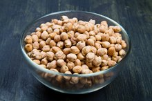 Symptoms of Allergies to Chickpeas and Soy
