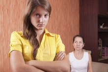 Strategies for Fathers Dealing With Mother-Daughter Conflicts