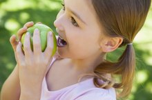 What Are the Health Benefits of Apples for Kids?