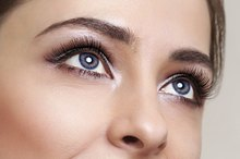What Causes Eyelashes to Fallout?