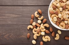 5 Nuts You Can Eat on a Gallbladder Diet