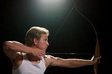 How to Tell the Difference Between Left- & Right-Hand Bow & Arrows